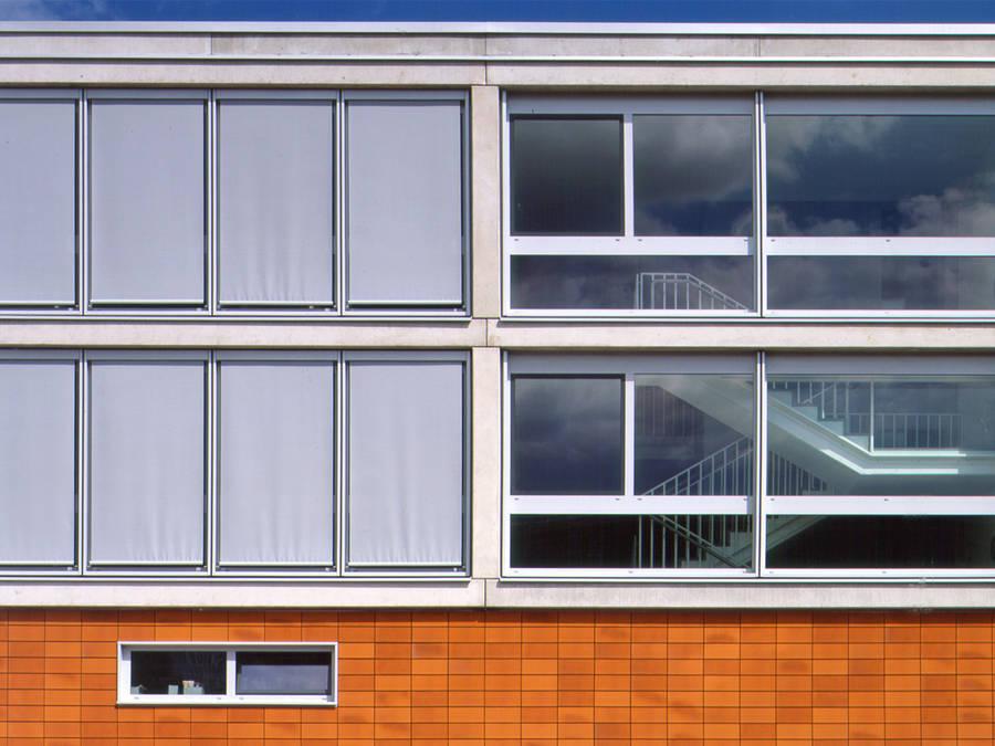 office building of the telekom hanau turkali architekten. Black Bedroom Furniture Sets. Home Design Ideas